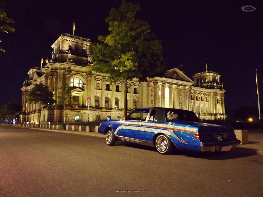 'Cruisin down the street in my 8fo' – fantastic places in Berlin to feel the history [instagram]