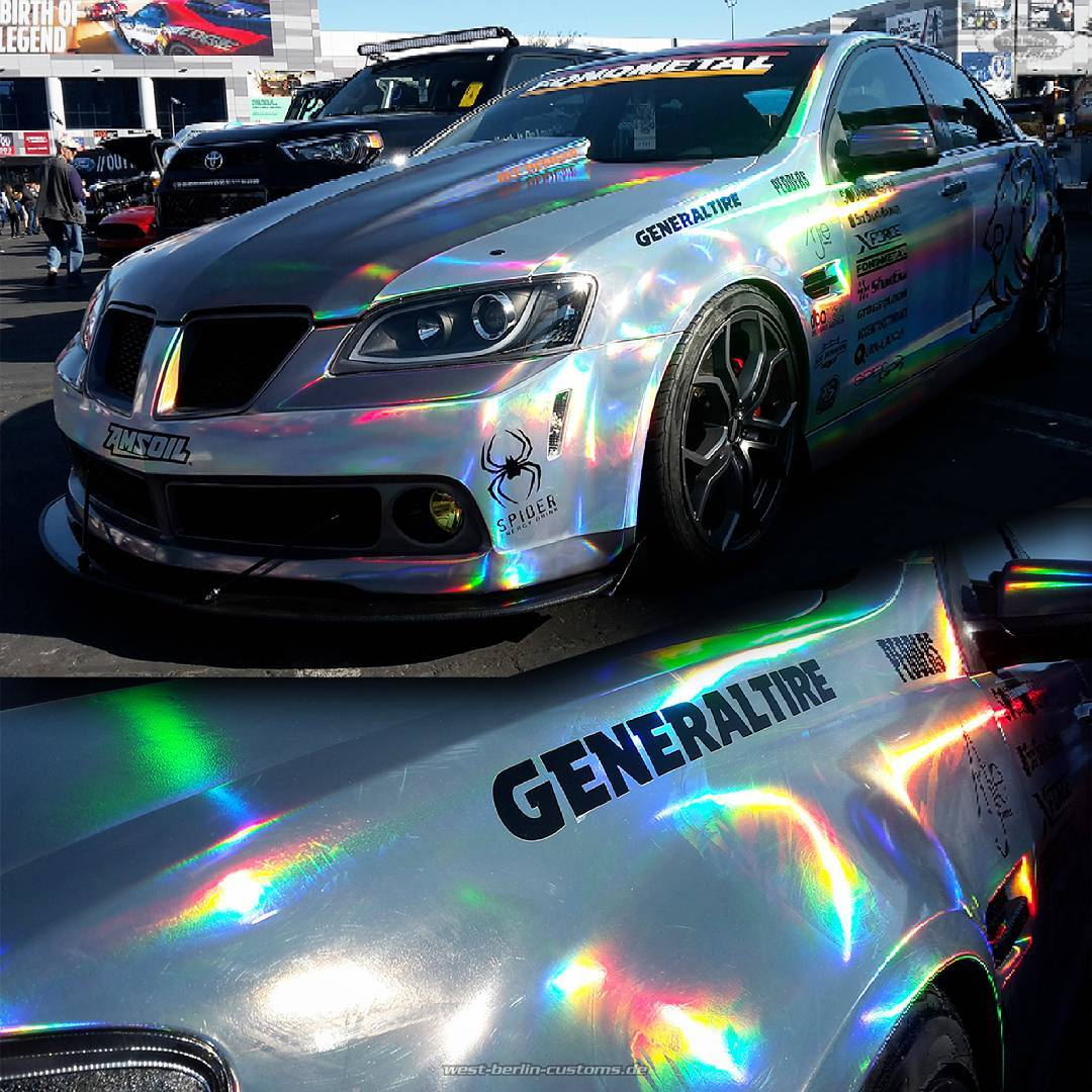 At our last day of SEMA 2016 I've seen a very interesting wrapping film in the gold-lot. The sun shifts this film from a silver to an eye-catching rainbow. Peoples opinion about the look might be very different - I like it a lot. Take care, have a safe way home and see you at SEMA 2017 @all