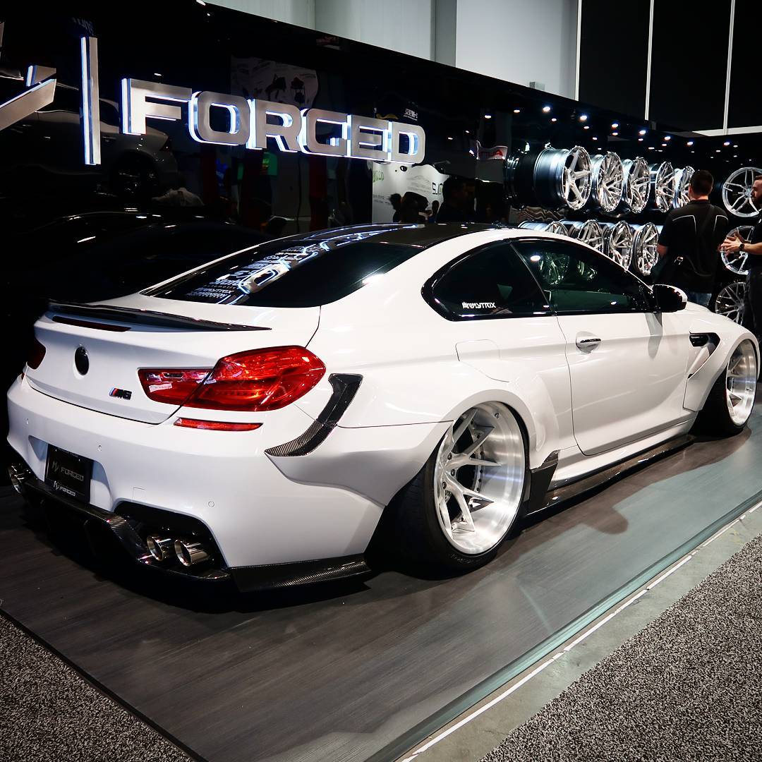 6er bmw mit bada auf der sema bei mv forged mit riesigen. Black Bedroom Furniture Sets. Home Design Ideas