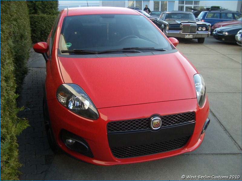 Fiat Grande Punto – Single Frame Optik (Folie)